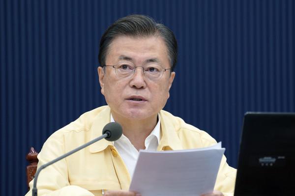 문재인 대통령이 3일 청와대에서 열린 제34회 국무회의(영상)에서 발언하고 있다. (사진=청와대 제공) 2021.08.03.